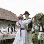 Svadba i svadbeni običaji