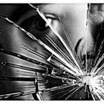 razbijeno ogledalo 150x150 Vjerovanja uz smrt i sprovod