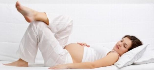 Običaji uz trudnoću i rođenje u petrinjskom kraju