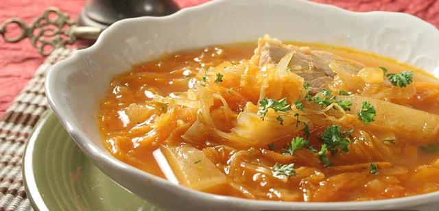 Tradicionalana kupusna mađarska juha