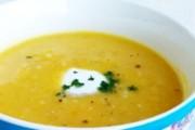 Tradicionalna pileća kisela juha s rižom i jajima
