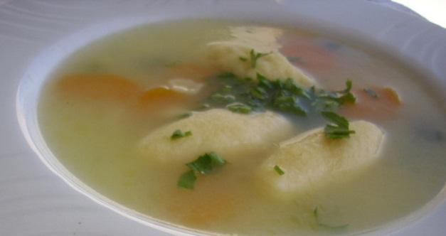 Tradicionalna juha sa valjušcima od slanine