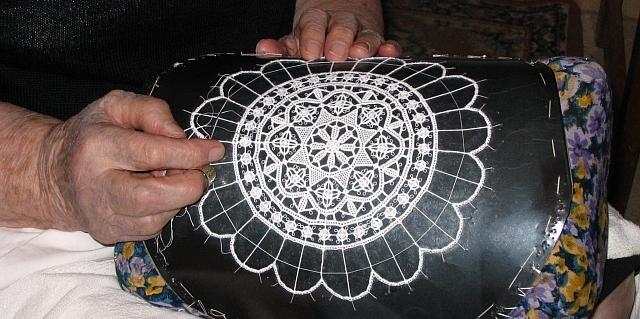 Tradicionalna šivena čipka