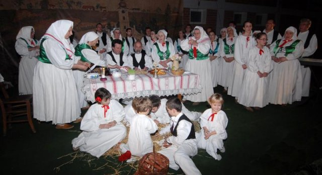 Podjela tradicionalnih Hrvatskih običaja