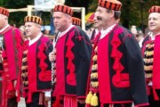 Muške narodne nošnje like i Cetinske krajne