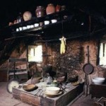 Stari tradicionalni komin 150x150 Tradicionalni recept za punjenu pečenu gusku