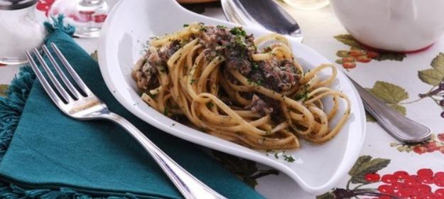 Domaći recept za tjesteninu sa slanim srdelama