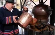 Šljivovica tradicionalna priprema i stari običaji uz šljivovicu