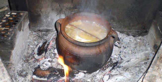 Tradicionalno narodno posuđe, svakodnevna upotreba i nazivi glinenog posuđa