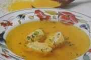 Tradicionalna bakina juha s žličnjacima od kukuruzne krupice (palente)