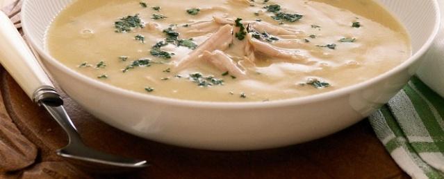 Odlična kisela juha – jednostavna pileća juha s vrhnjem –