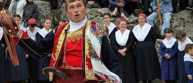 Tradicionalni svatovi, časti i zaduženja u svatovima