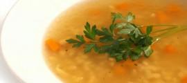 Jednostavna kokošija, pileća juha
