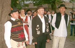 stari svat narodni.net  300x193 Tradicionalno narodno Vjenčanje